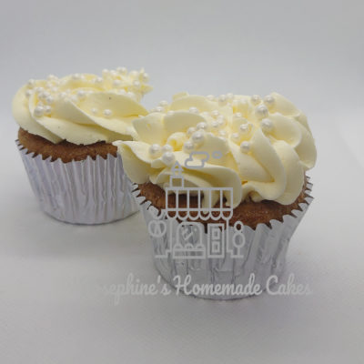Vanilla & Sprinkles Cupcakes